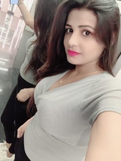 Get a one-night stand with sexy call girls in Agra