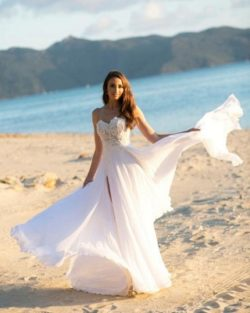 Schlichtes Hochzeitskleid Mit Spitze | Chiffon Brautkleider | Babyonlinedress.de