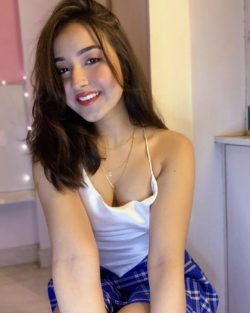 Sizzling Dwarka Call Girls to Ensure Your Seductive Requirements
